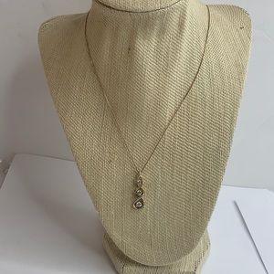 NWOT Kay jewelers diamond necklace pendant